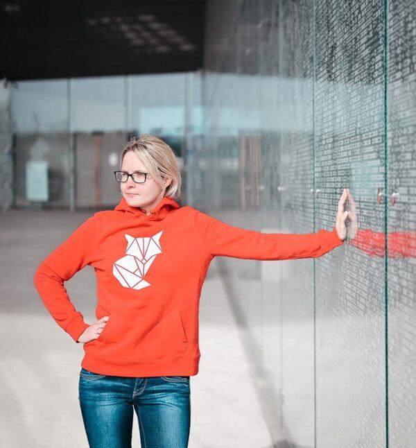 Naiste pusa kapuutsiga rebane punane BlackSunset Eesti disain