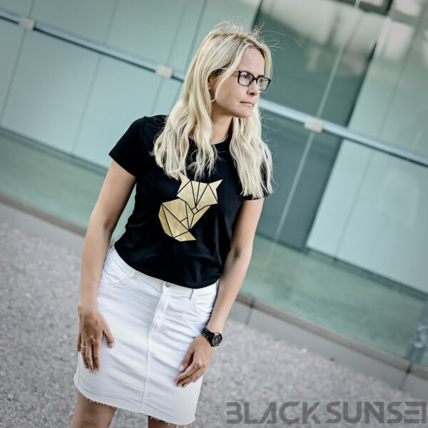 Kuldne rebane origami naiste t-särk BlackSunset eesti disain