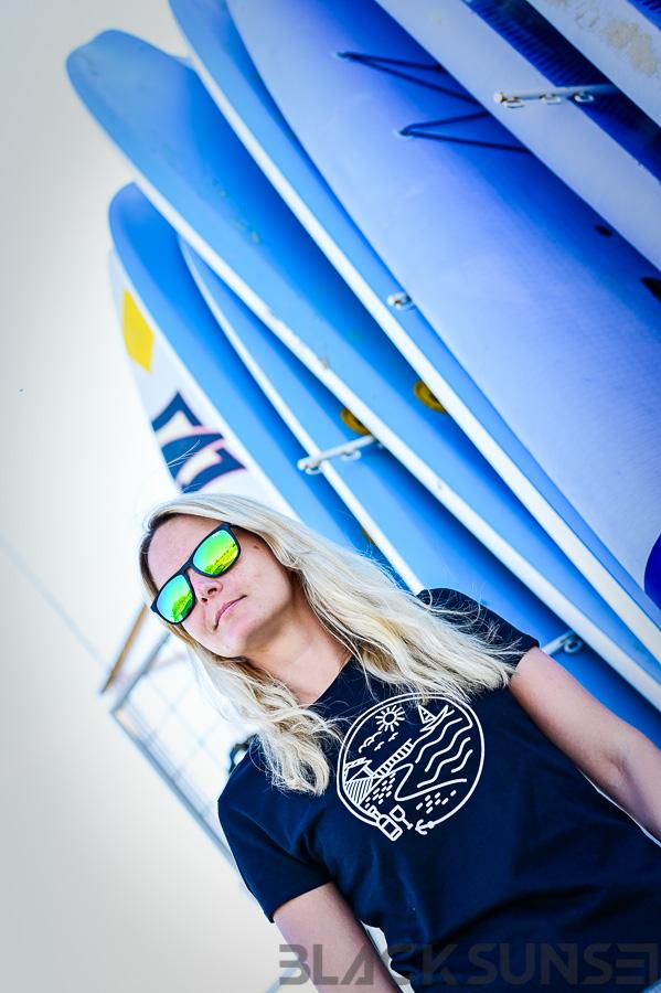 Ranna elu naiste t-särk Pärnu Surf Center sup laud BlackSunset kleebime oü-2